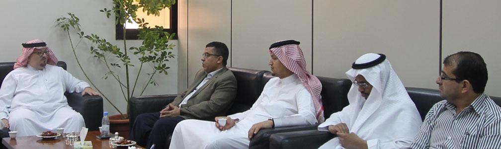 زيارة فريق تطبيق الجودة... - استقبل معهد اللغويات العربية...